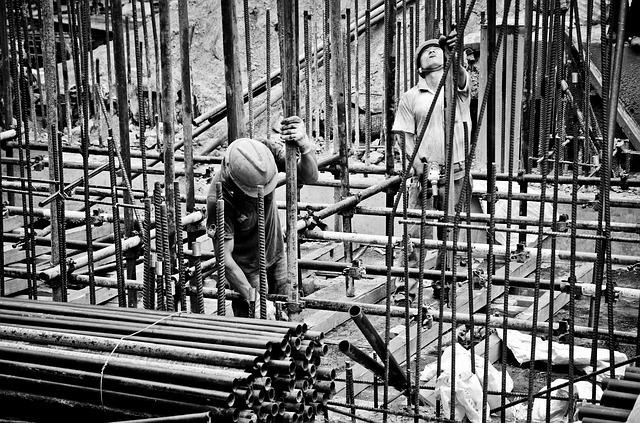 dělníci na staveništi.jpg