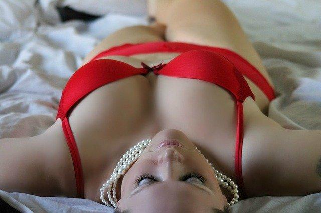 žena před sexem